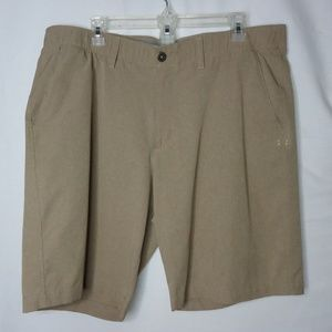 Under Armour Khaki Tan Loose Fit Shorts Size 40
